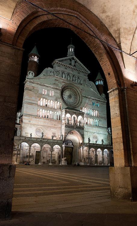 Cremona.thumb.jpg.89dc4f0f9b4767ef2524336a1674214d.jpg