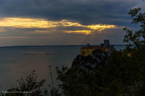 Castello di Duino dal sentiero Rilke