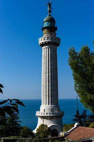 Faro Trieste