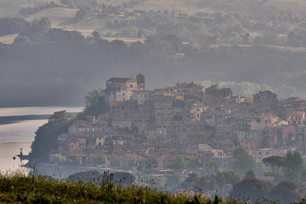 Tra la nebbia.jpg