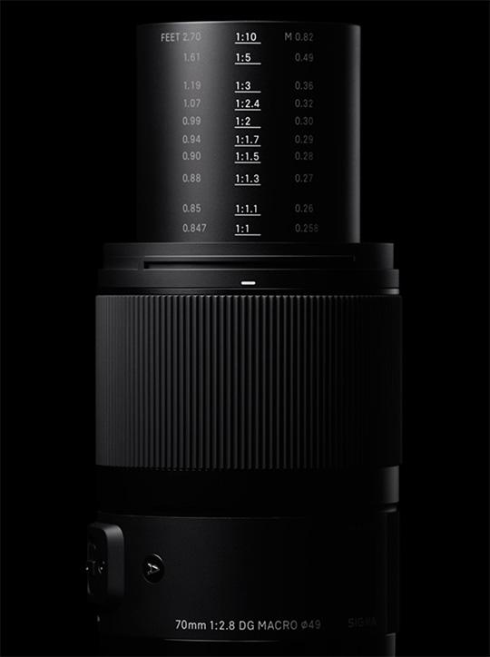70mm-f2_8-DG-MACRO-Art-lens.jpg.99f9f7176ed7173280cb2e7387d8382b.jpg