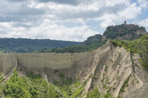 Calanchi di Civita di Bagno Regio 2