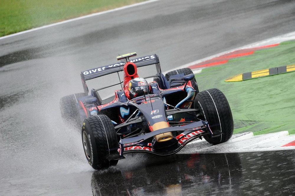 08f1-14-ItalyGP-sat-12.jpg