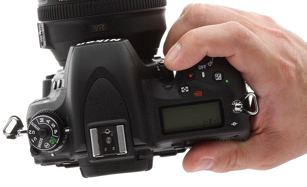 Z-d750-in_handGrip.jpg.5501e9df7ffc60e83d11d0c40117629c.jpg