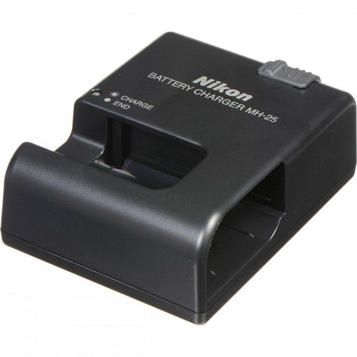 nikon-mh-25a-caricabatteria-rapido-x-en-el15-920459.jpg.62e9b39e70e3a302b6cbcb317f0f3138.jpg