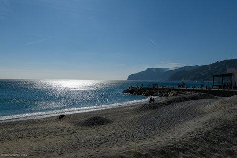 Capo Noli vista da Spotorno.jpg