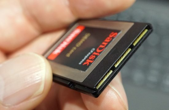 SanDisk-CFexpress-memory-card-3-550x358.jpg.87d55ee09e0fbf83661b358a4976cf55.jpg