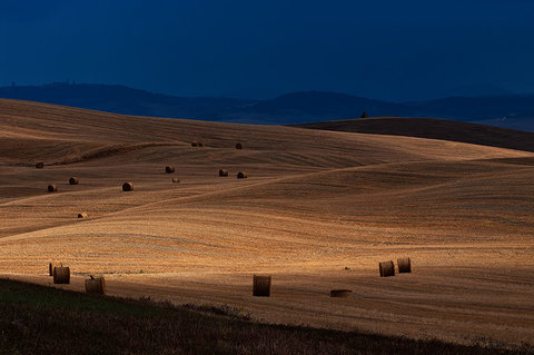 Temporale in Val d'Orcia....