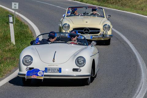 Porsche 356 Speedster del 1955 e Mercedes 190 SL del 1956