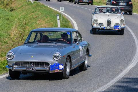 Ferrari 330 GT 2+2 del 1964