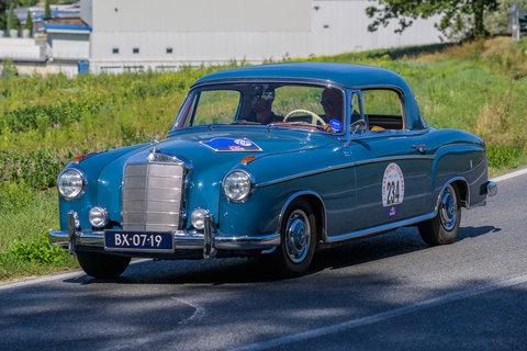 Mercedes Benz 220 SE Ponton Coupé del 1960