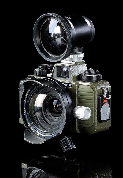 Nikonos-5-NewFinder15-01.thumb.jpg.2ebcf2d894fa5b358638a3bdeca92408.jpg