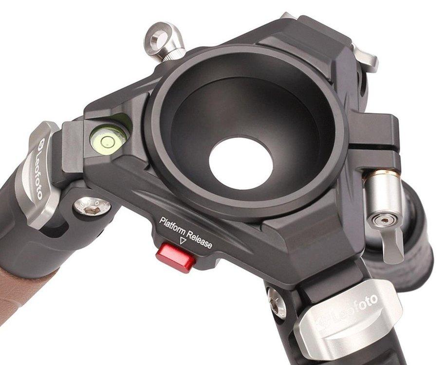 leofoto-mountain-ln-364c-carbon-fiber-tripod-load-cap-35-kg_4.thumb.jpg.df4f9ed0dde4b1f0c928d254477a41af.jpg