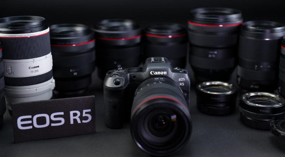 Canon-EOS-R5-mirrorless-camera-1.thumb.jpg.142b79f145715761a6037b2f2a23ada4.jpg