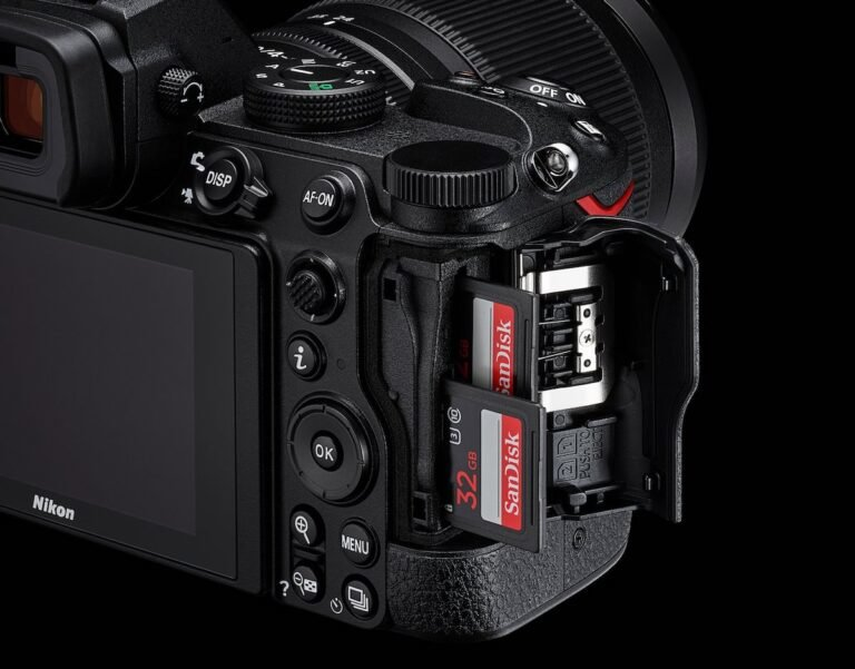 Nikon-z5-dual-card-slot-768x601.jpg