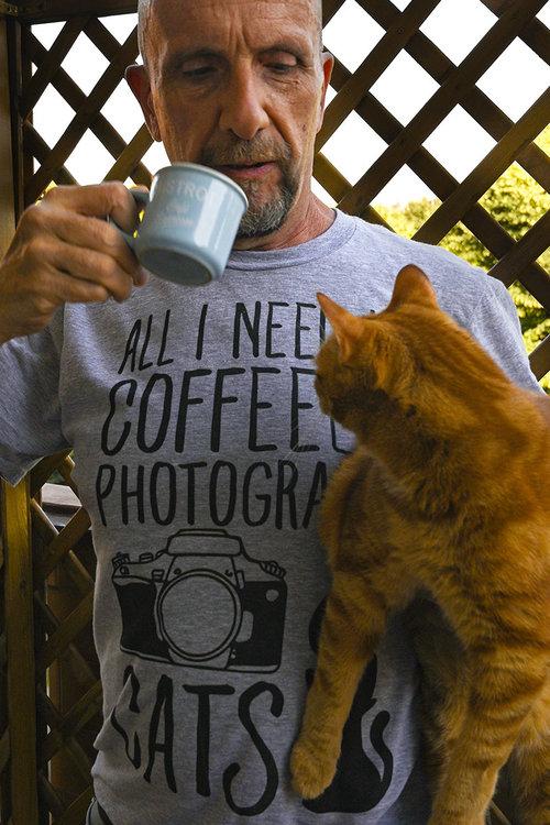 coffeecats.thumb.jpg.0f9f58a6863c40018e514a0b4bfefca4.jpg
