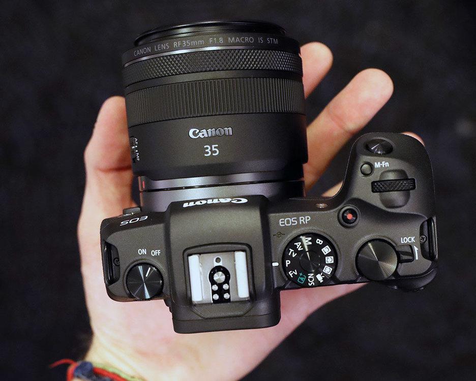 Z-canon-eos-rp-InHand_top.thumb.jpg.f685e2e8d9c15c2c08cae45e6bd0f2ff.jpg
