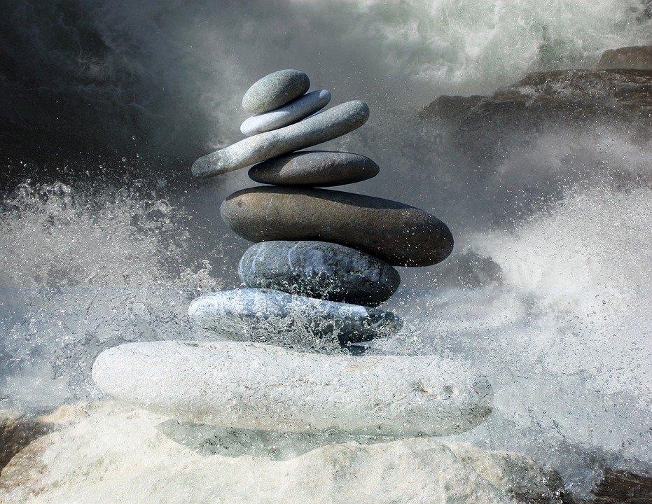 zen-stones-2774524_960_720.jpg.801a23ffb3653bbe4bbcee6a71a0d707.jpg
