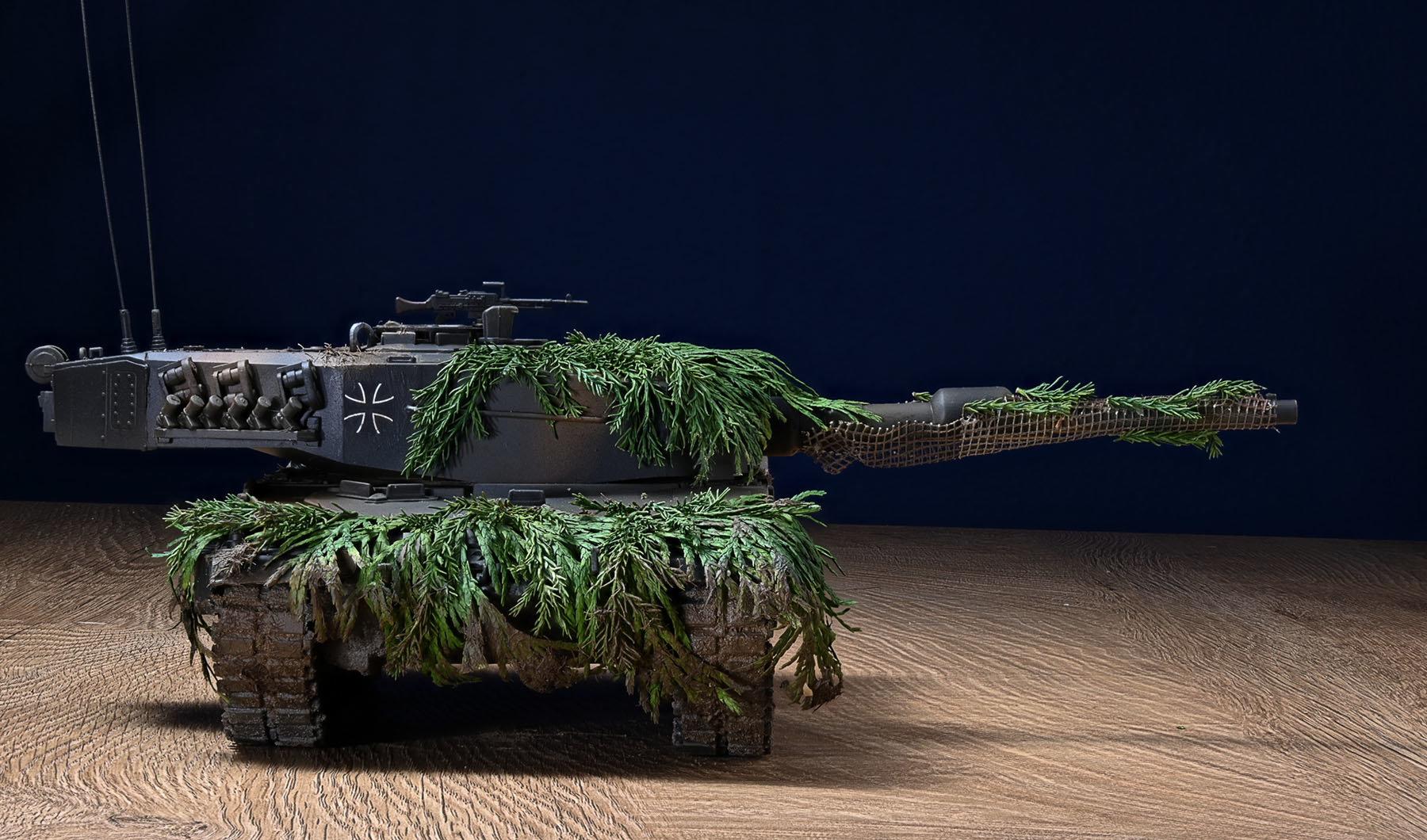 Leopard 2A3 Bundeswehr - modello Esci-Ertl scala 1/35