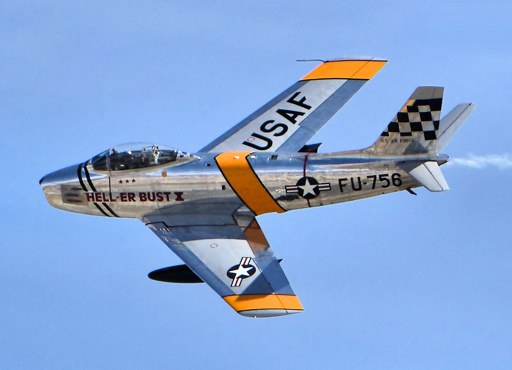F86F_Sabres_-_Chino_Airshow_2014_(cropped).thumb.jpg.ab33a4adb9d15221e6cf5869eeeae1a6.jpg