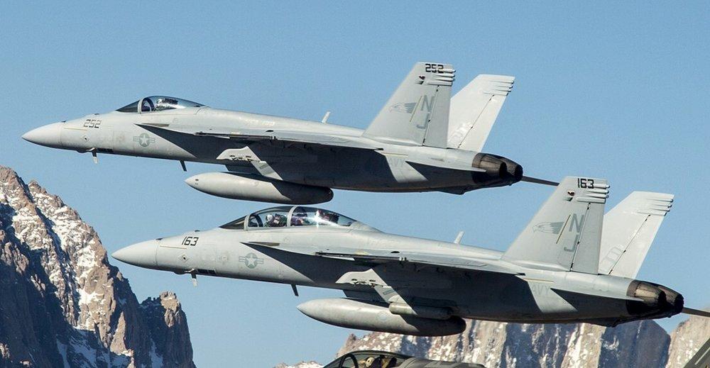 VFA-122-Flying-Eagles-046.thumb.jpg.eaae7b9908a116fb6e1b2f081a4ab70e.jpg