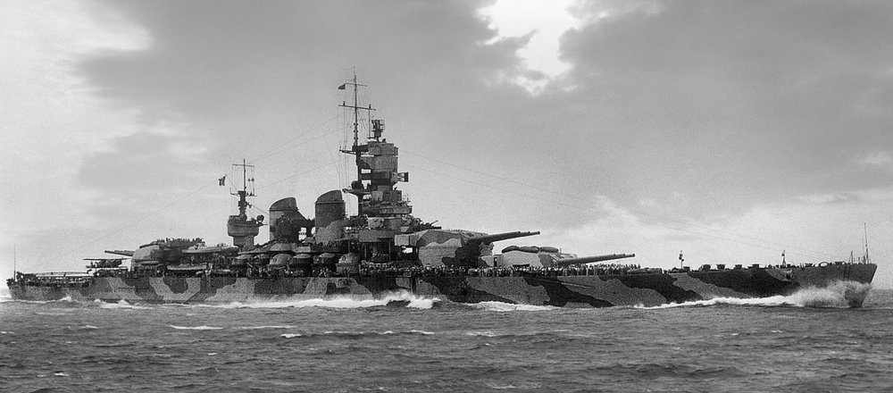 1200px-Vittorio_Veneto_(battleship).thumb.jpg.89bfd2df47c2ab52bfe8096e0d027a93.jpg