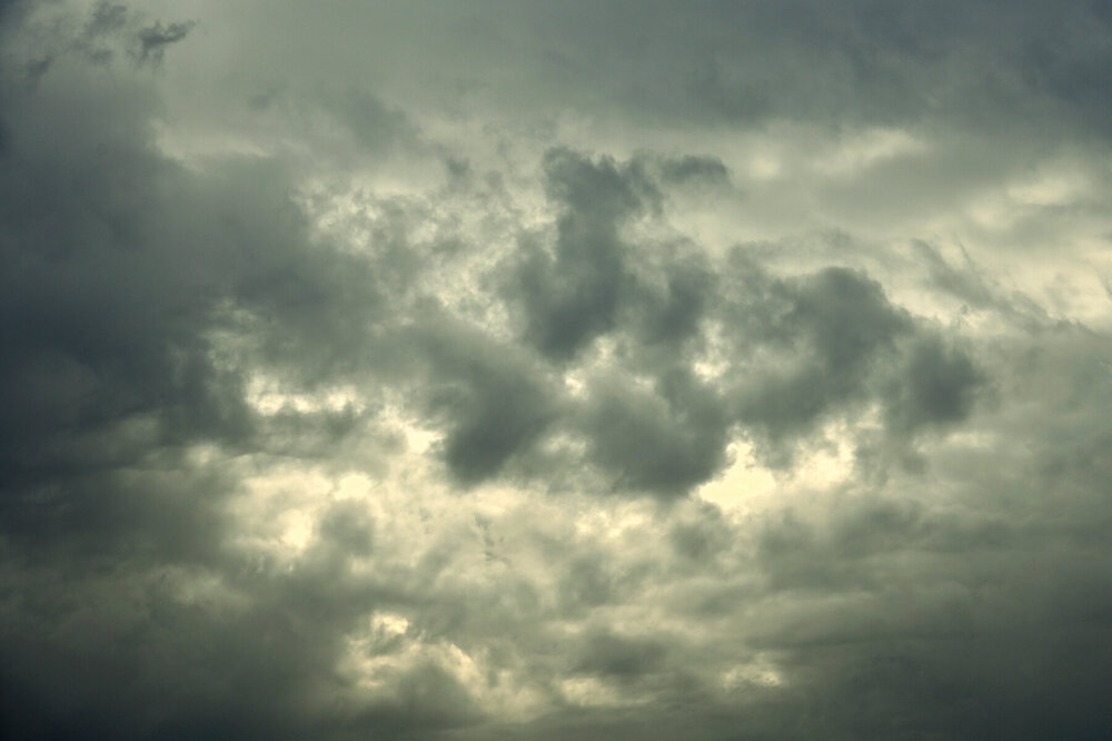clouds1.thumb.jpg.2370b4e3de941c0777607f40aeba8921.jpg