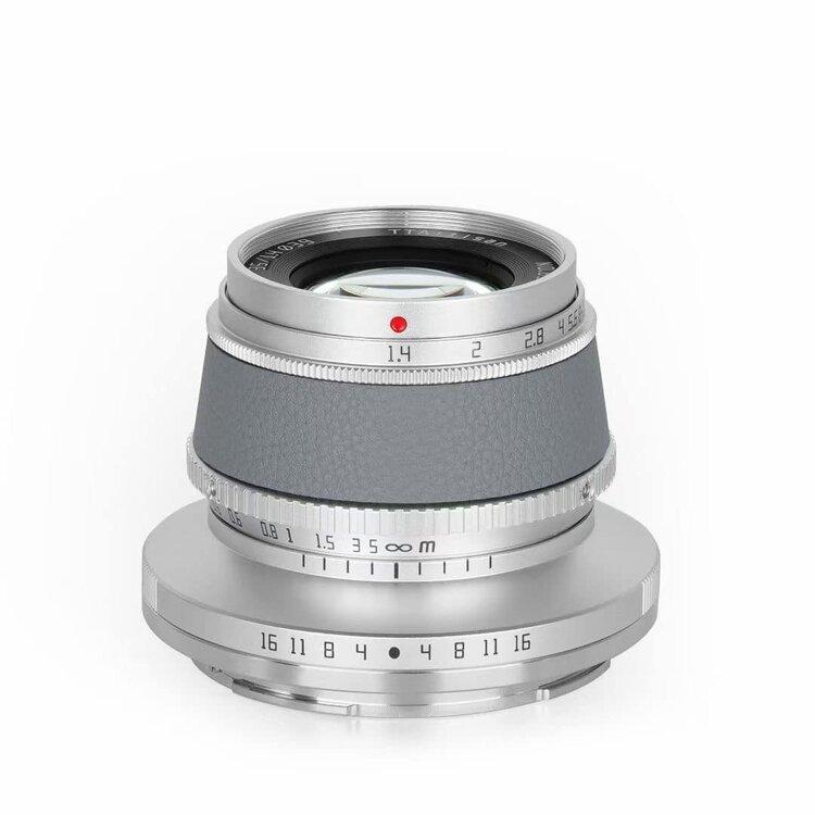 Colored-TTartisan-APS-C-lenses-for-Nikon-Z-fc-camera-2.thumb.jpg.bb99507f13ab121844ae67066de9dfc2.jpg